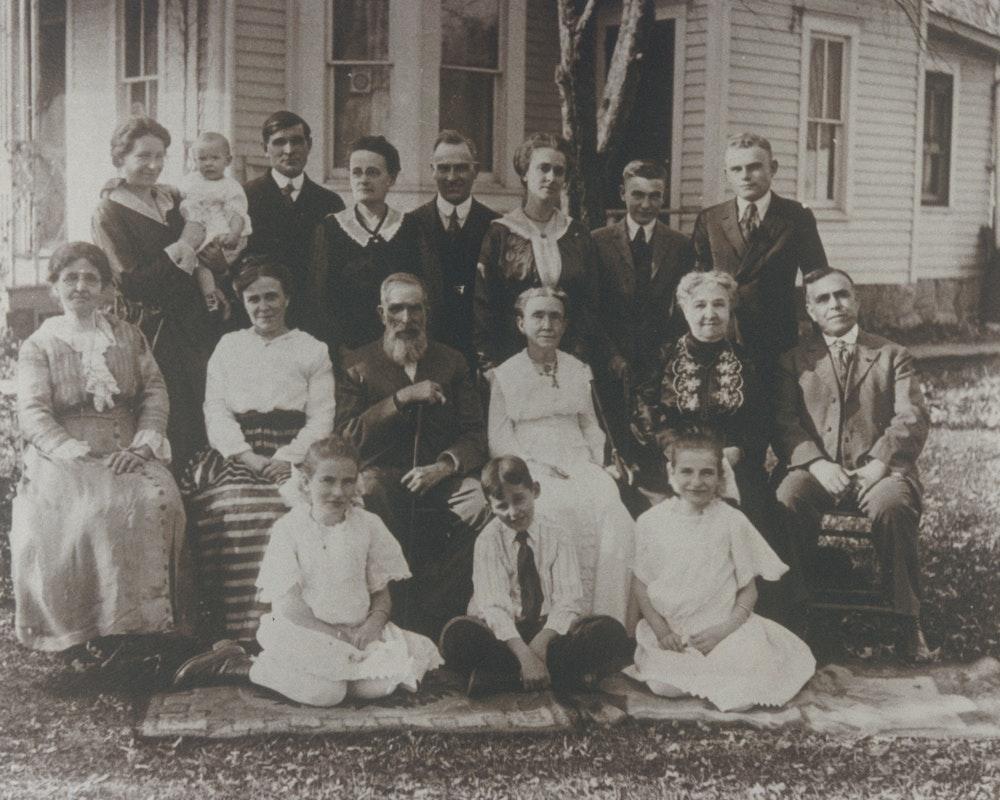 Figure 1: Sackett's in 1917